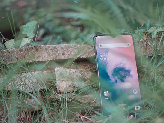 Le OnePlus 7 256 Go à 352 €, un prix fou pour un smartphone bien équilibré