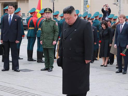 """La Corée du Nord tire des missiles à courte portée: """"Kim veut rappeler que ses capacités d'armement augmentent de jour en jour"""""""
