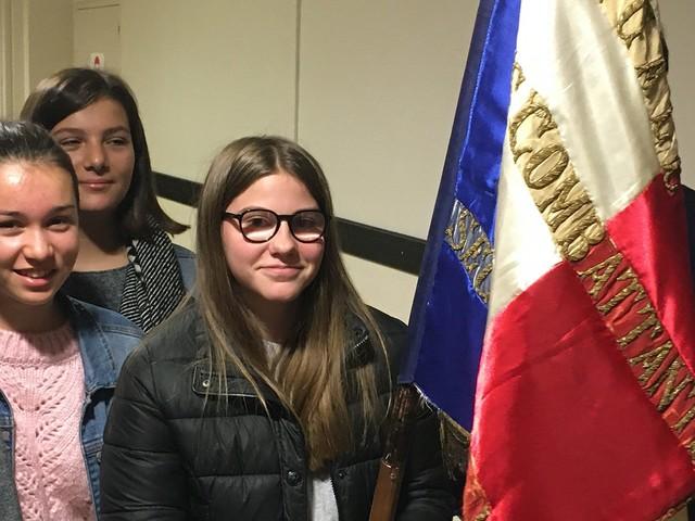 11 novembre : L'étonnant succès des drapeaux d'anciens combattants dans les établissements scolaires de Mayenne