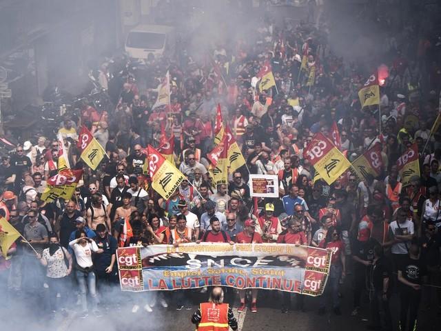 EN DIRECT - Grève du 5 décembre : l'Assemblée nationale ne siégera pas jeudi