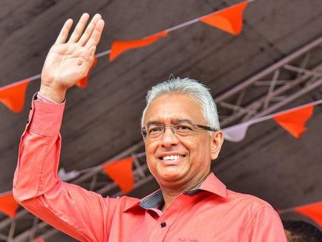 Les Mauriciens votent dans le calme, Jugnauth en quête de légitimité