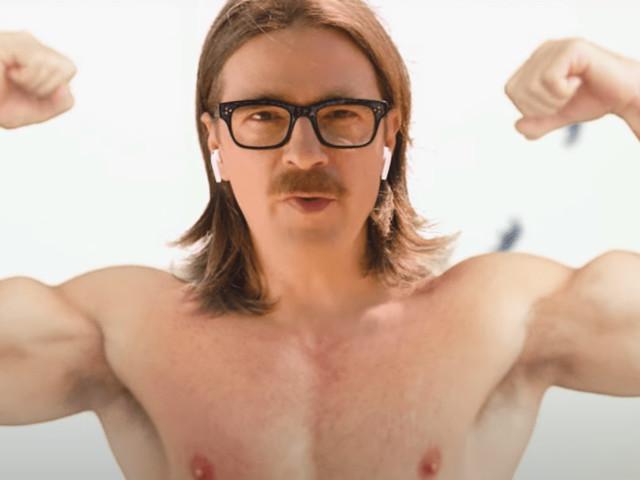 """Les Weezer fuient la folie des réunions en ligne dans le clip de """"Grapes of Wrath"""""""