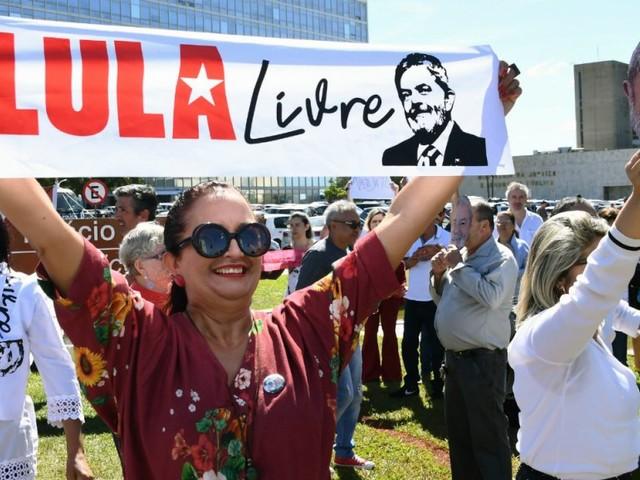 La cour suprême brésilienne va réexaminer la demande de libération de Lula