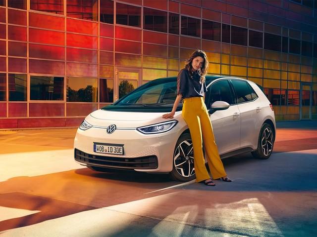 Volkswagen ID 3 : le prix de la compacte électrique passe sous la barre des 30 000 €