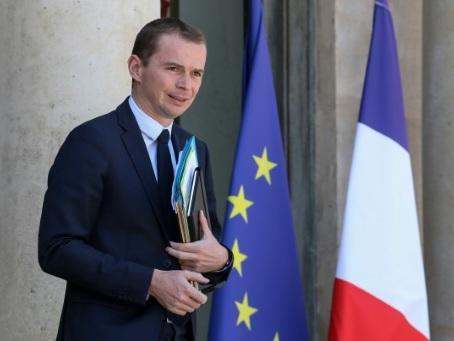 """Annonces: la France veut toujours """"maîtriser la dépense publique"""", précise l'Elysée"""