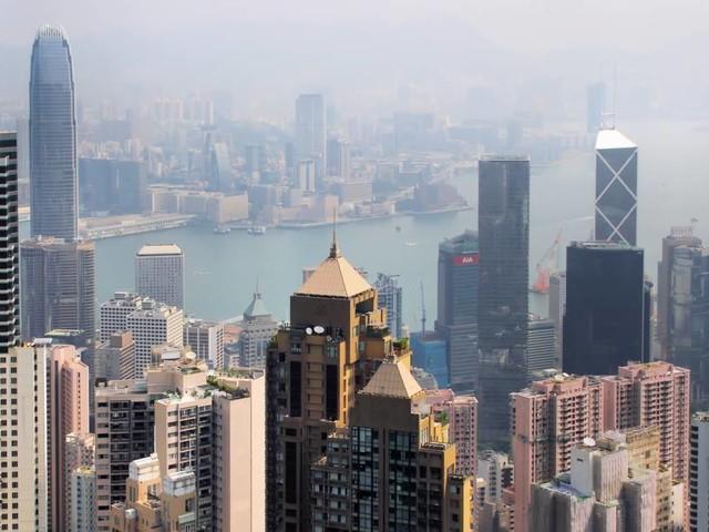 Affrontements ultra-violents à Hong Kong, l'armée chinoise pourrait intervenir