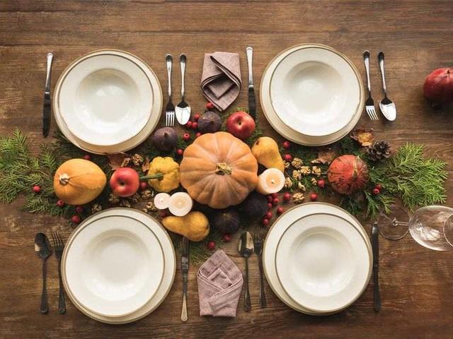Comment réussir le festin de l'Action de grâce ? Les meilleures tables d'automne à copier !