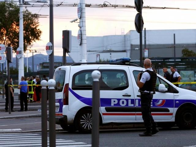 France: polémique sur le droit s'asile après l'attaque de Villeurbanne