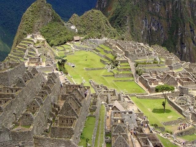 Pénétrez dans le monde fascinant des Incas, le peuple du Soleil