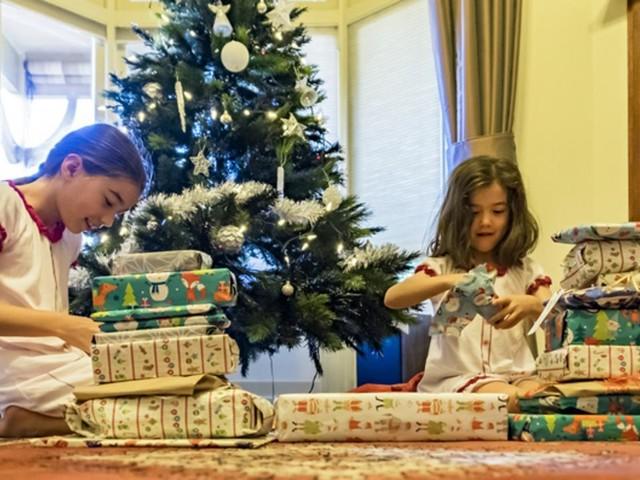 Cadeaux de Noël : jusqu'à quel point faut-il gâter ses enfants ?