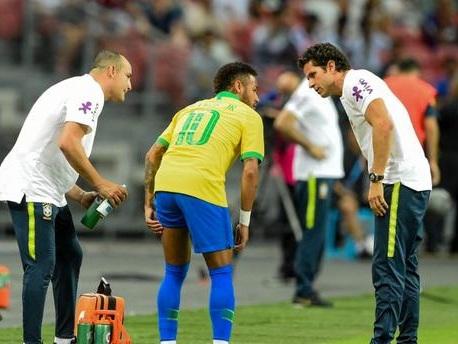 PSG : Neymar se blesse (encore) avec l'équipe du Brésil
