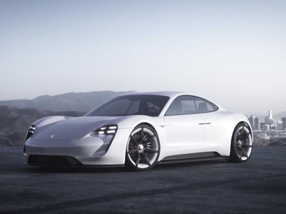 La sportive 100% électrique de Porsche s'appellera Taycan