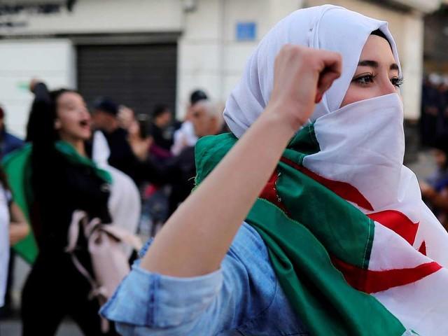 Algérie en direct: Abdelaziz Bouteflika renonce à un cinquième mandat présidentiel
