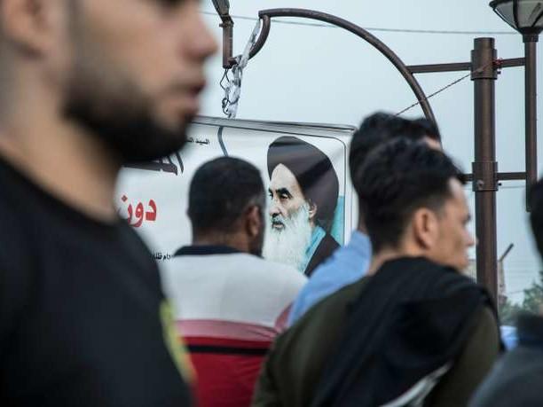 En Irak, l'ayatollah Ali Sistani appelle le Parlement à retirer sa confiance au gouvernement