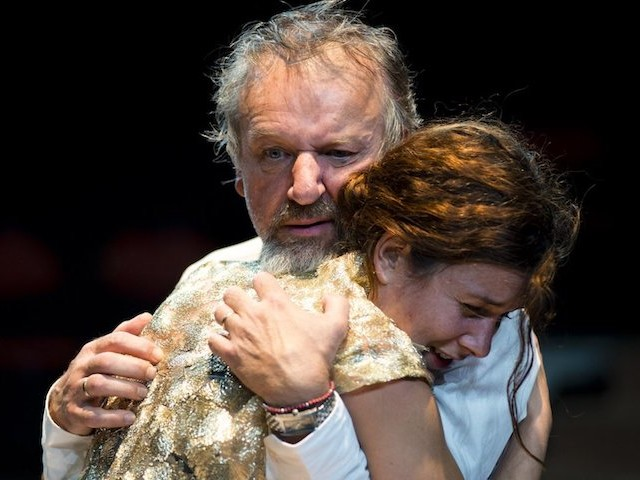 """""""La Mégère apprivoisée"""" et """"Hamlet"""" : à Paris, Shakespeare version explosive et féministe"""