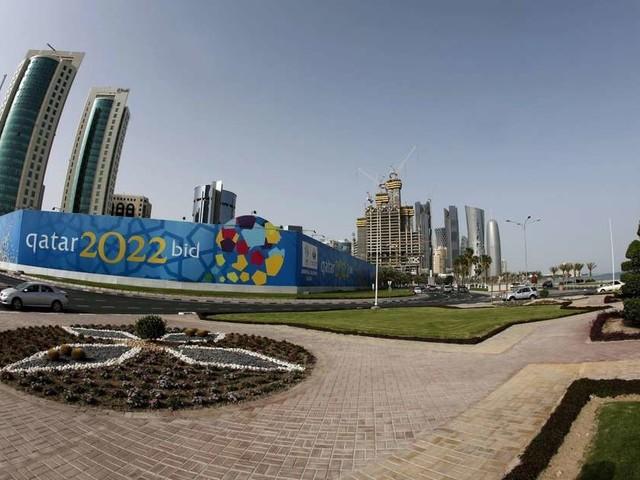 """Mondial au Qatar : Vinci visé par des accusations de """"travail forcé"""""""