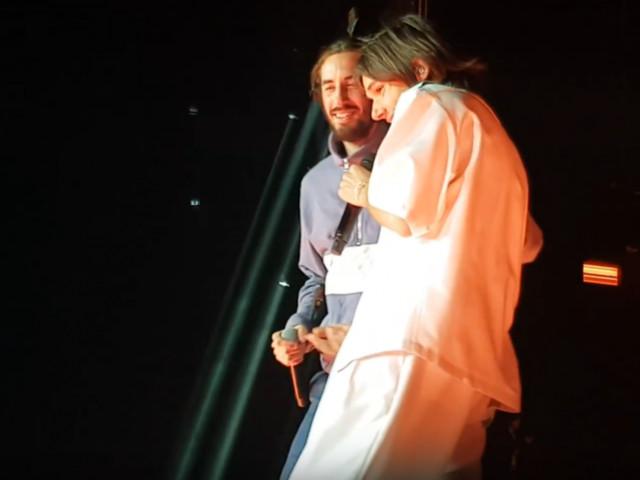 A Bercy, OrelSan invite Lomepal sur scène pour un morceau inédit