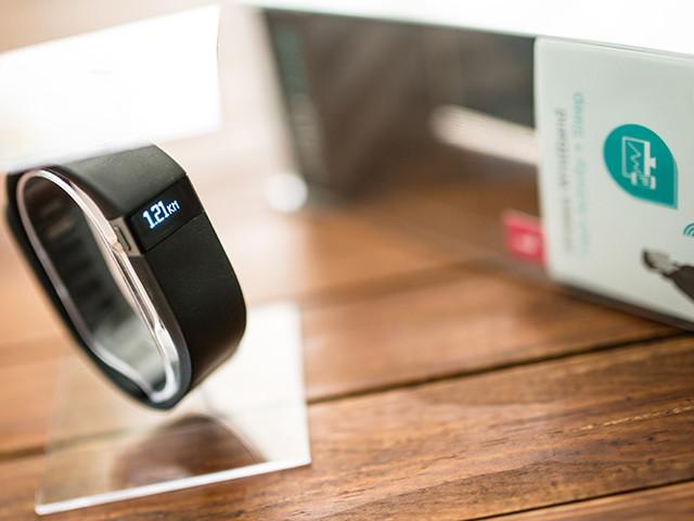 Fitbit va muscler sa présence en entreprise