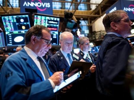 Wall Street ouvre en hausse, rebondissant après une forte baisse