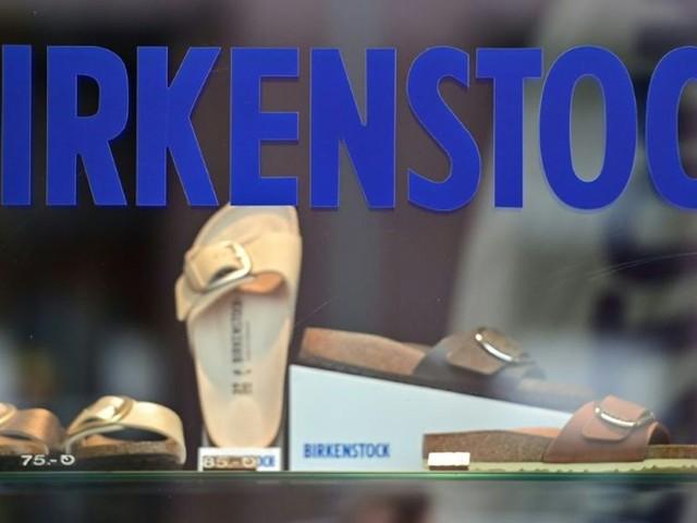 La vénérable sandale Birkenstock propulsée sur la planète luxe