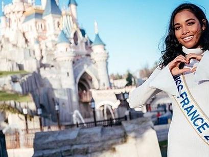 Miss France 2020 : Vaimalama Chaves a fait une belle surprise à Clémence Botino dans l'appartement des Miss !