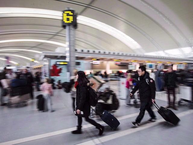 Passagers francophones: l'aéroport Pearson a manqué à ses obligations