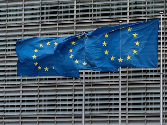 """L'UE """"agira d'une seule voix"""" face aux menaces américaines contre les produits français"""