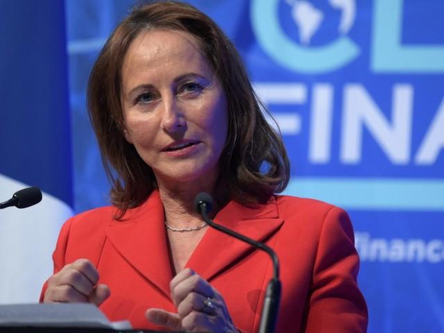 Le Parquet national financier ouvre une enquête préliminaire visant Ségolène Royal et ses activités en tant qu'ambassadrice des pôles