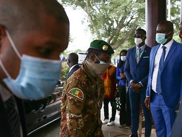 Mali: l'Union africaine accentue la pression sur les putschistes