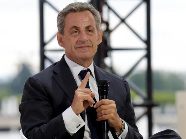 """Affaire des """"écoutes"""": Nicolas Sarkozy devant le tribunal pour corruption"""