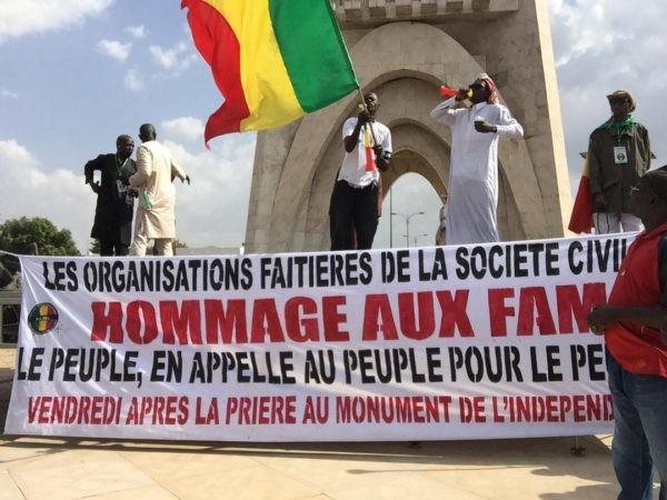 Soutien de la société civile aux Famas: Des slogans hostiles aux forces militaires étrangères