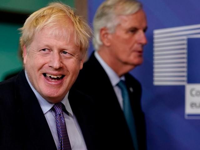 Un an après l'arrivée de Johnson, un accord sur le Brexit s'éloigne encore