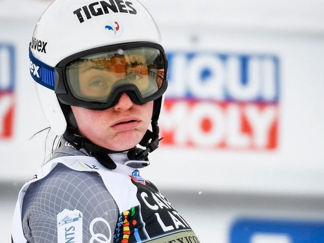Entame de saison repoussée pour la skieuse stéphanoise Tiffany Gauthier