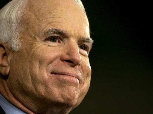 Le sénateur John McCain, ancien candidat à la présidentielle américaine, est décédé