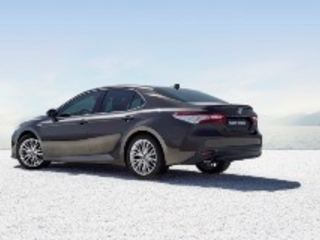 Test: Toyota Camry - Cannibale ?