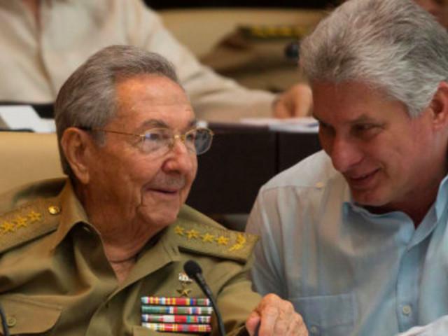 """Miguel Diaz-Canel, le nouveau président cubain n'est ni un Castro, ni un militaire mais """"il n'y a aucune rupture"""""""