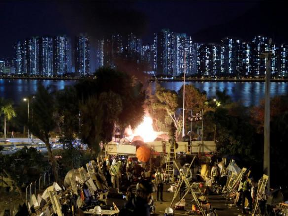 A Hong Kong, des étudiants prêts «à combattre jusqu'à la fin»