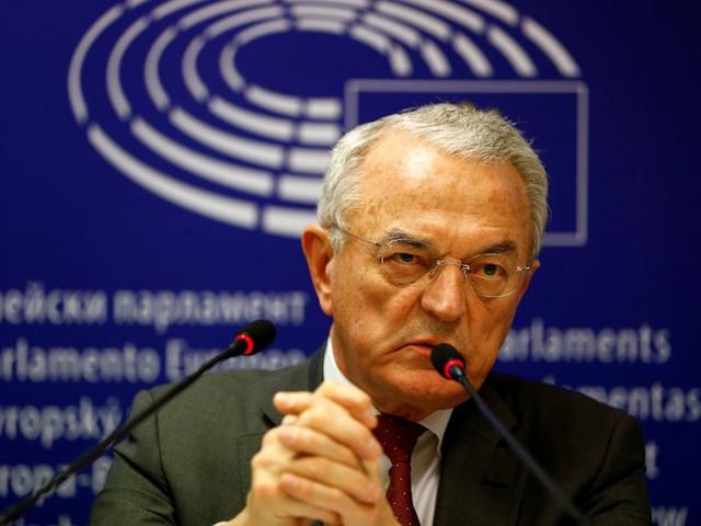 """Taxe Gafa : pour l'ex-ministre centriste Jean Arthuis, """"les Pays-Bas, le Luxembourg et l'Irlande sont non-coopératifs"""""""