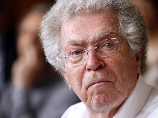 Accusé de harcèlement et d'agressions sexuels, l'ancien ministre Pierre Joxe va porter plainte pour dénonciationcalomnieuse