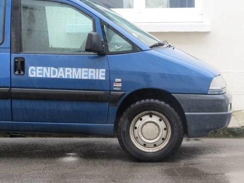 Loire-Atlantique: Une femme étranglée et un homme pendu retrouvés dans une maison