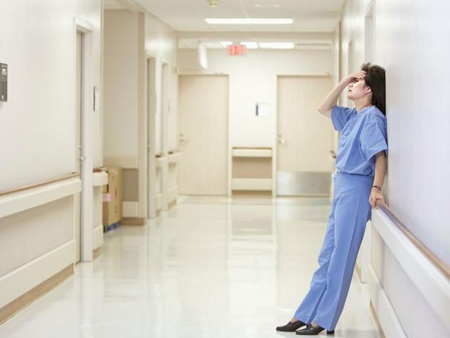 Médecin généraliste, je sors d'un burn-out à 35 ans car ce métier me consume