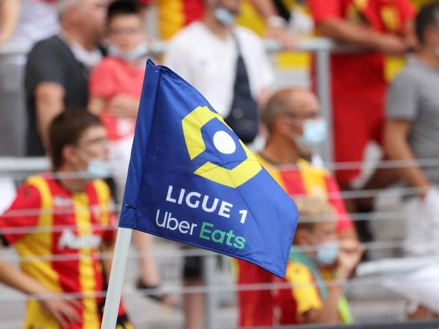 Football : la Ligue de football professionnel reversera 500€ au personnel soignant pour chaque but marqué ce week-end