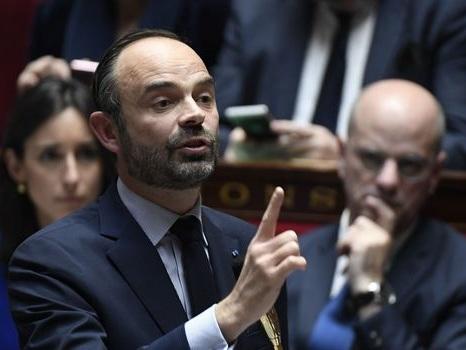 """NDDL: """"Nous commencerons"""" les expulsions le 30 mars, assure Philippe"""