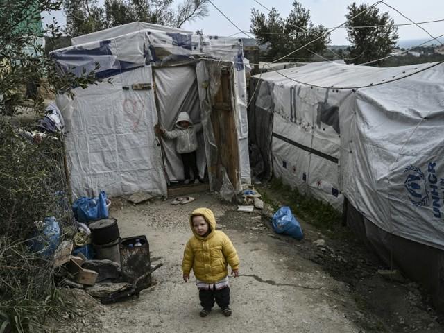 Grèce: les îles égéennes se mobilisent contre les camps de migrants