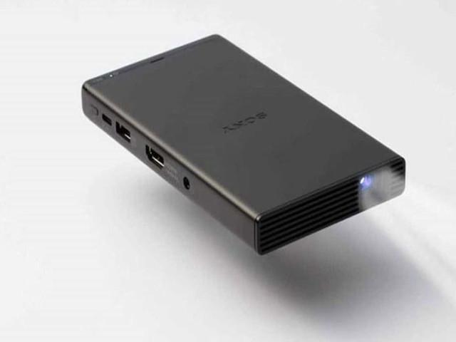 CES 2018 – Sony MP-CD1, un picoprojecteur de la taille d'un smartphone