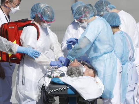 DIRECT. Coronavirusen France: faut-il porter un masque pour éviter le Covid-19?