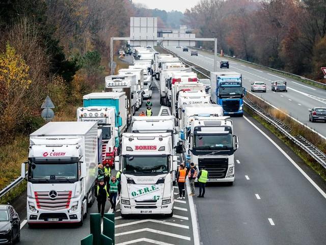 Les routiers appelés à la grève à partir du lundi 16 décembre