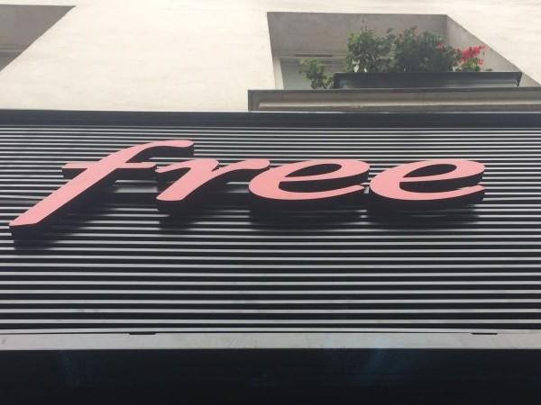 Les nouveautés de la semaine chez Free et Free Mobile : une plateforme de streaming gratuite débarque sur les Freebox, nouvelle chaîne pour certains abonnés et plusieurs mises en clair pour Noël