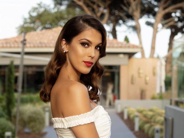 Iris Mittenaere au naturel : l'ex Miss Univers dévoile son acné au visage
