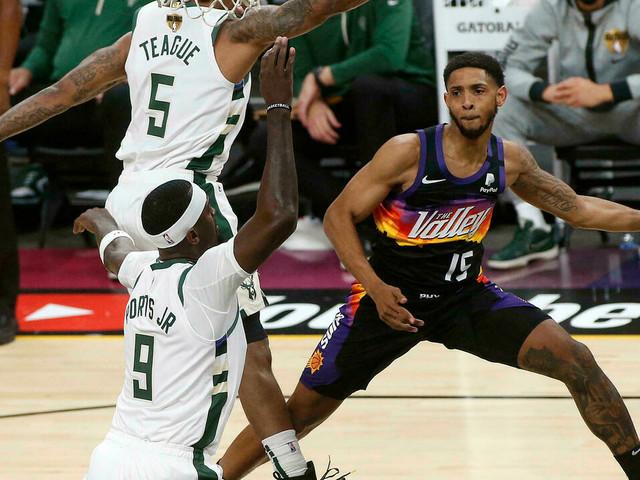 Finale NBA: Phoenix prend l'avantage 2-0 sur Milwaukee, malgré un Antetokounmpo de feu